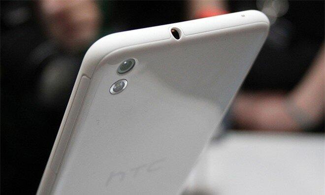 Bên cạnh thiết kế mỏng, trọng lượng của HTC Desire 816 cũng rất nhẹ chỉ nặng 153 gram.