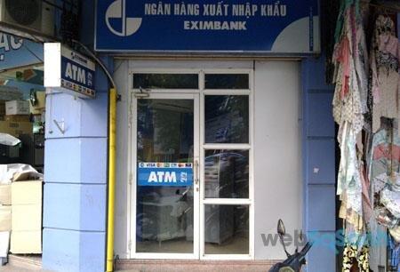 Biểu phí thẻ ATM Eximbank cụ thể ra sao