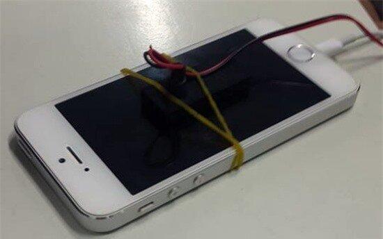 Cận cảnh công cụ bẻ khóa iPhone tại Hà Nội 3
