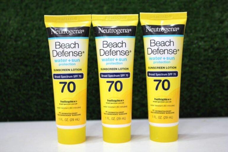 Kem chống nắng Neutrogena Beach Defense Water + Sun Protection Sunscreen Spray Broad Spectrum SPF 70