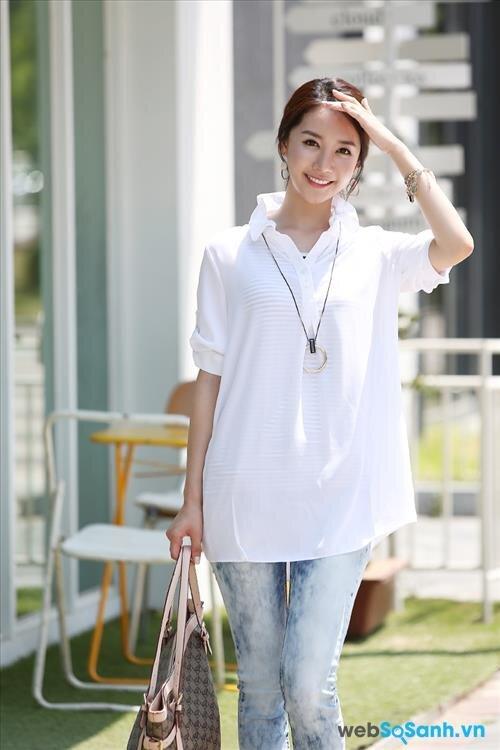 Trang phục trắng chỉ hợp với những ngày nắng ráo
