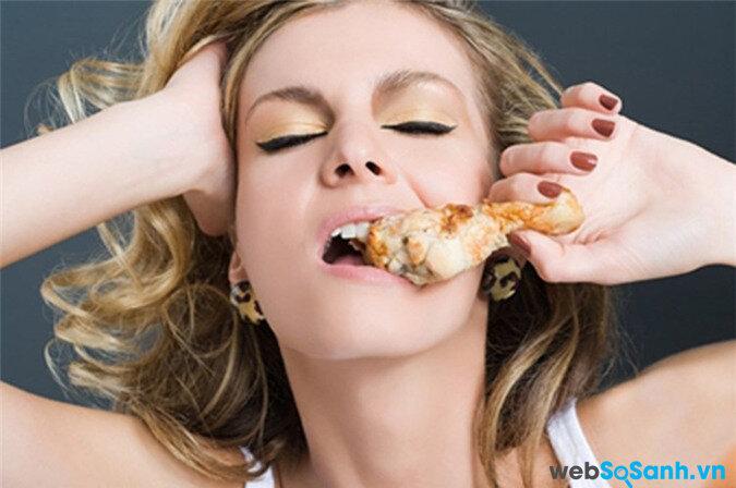Không nên ăn nhiều thịt đã qua chế biến