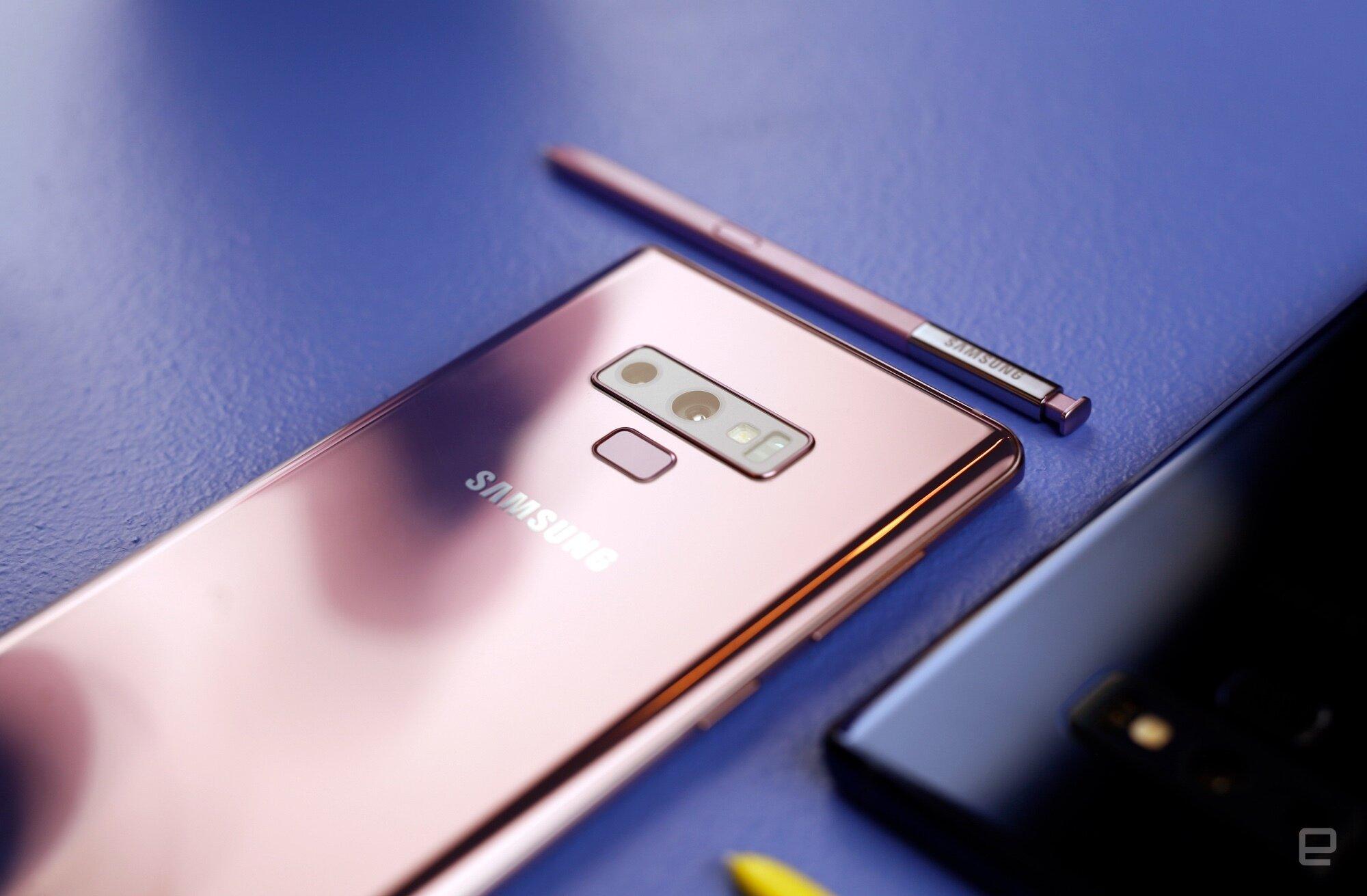 Màu đồng Galaxy Note 9 cho người mệnh kim