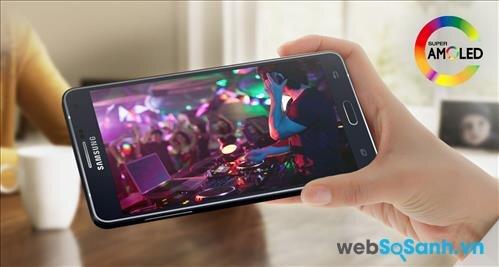 Samsung trang bị cho Galaxy A7 màn hình cảm ứng điện dung kích thước 5.5-inch với độ phân giải 1080 x 1920 pixel sử dụng công nghệ màn hình Super AMOLED