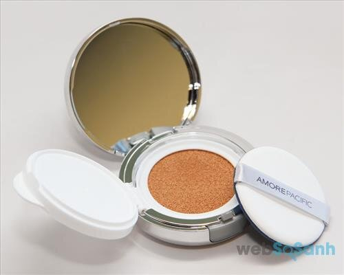 Phấn nước Amore Pacific Color Control Cushion Compact Broad Spectrum