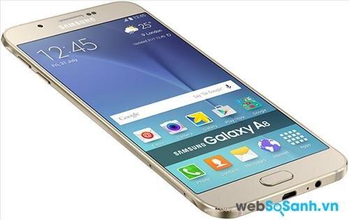 Viền màn hỉnh siêu mỏng giúp Galaxy A8 nhìn gọn gàng dù có màn hình 5.7 inch