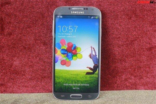 """Nguyên nhân Galaxy S4 """"ế"""" hàng so với kỳ vọng"""