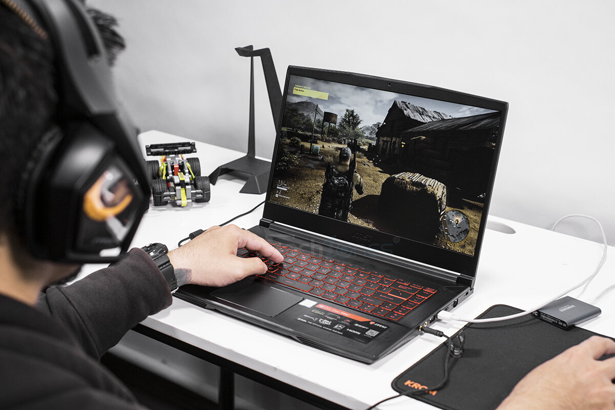 Laptop gaming MSI GF63 Thin 9SC 070VN