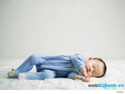 Trẻ nhỏ rất thích ngủ đúng giờ