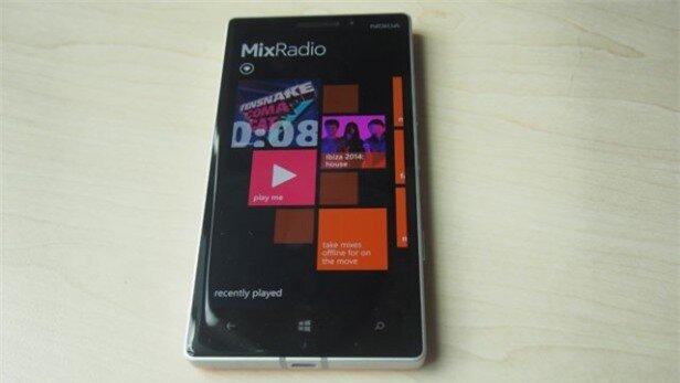 Nokia Lumia 930 13