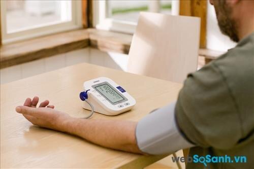 Máy đo huyết áp bắp tay cho kết quả chính xác hơn