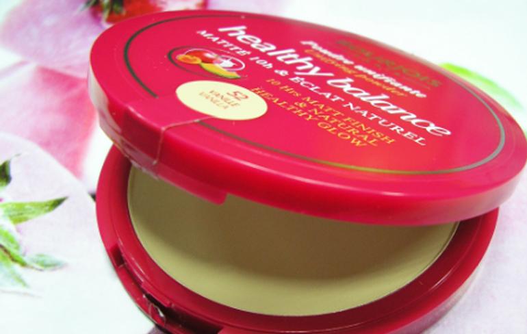 Công dụng vượt trội của phấn phủ Bourjois Healthy Balance Unifying Powder Vanille 52