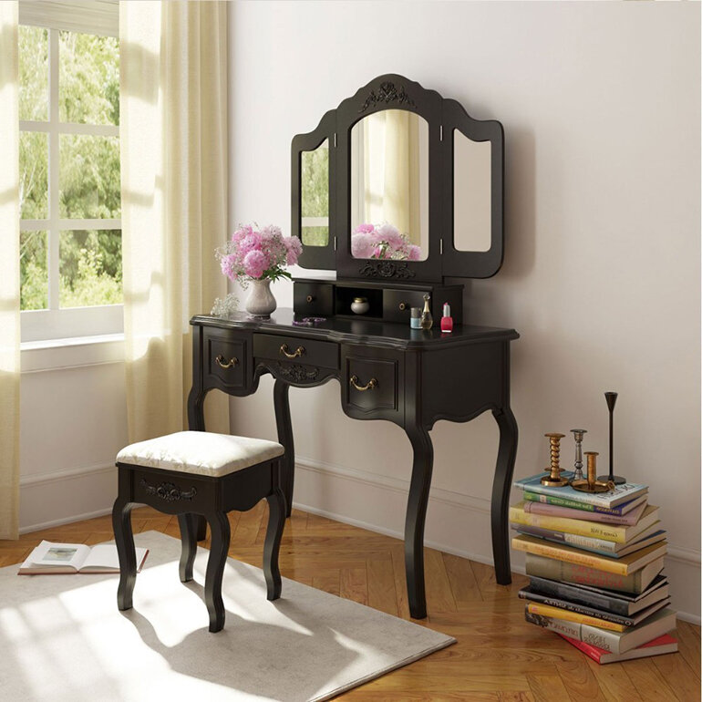 Mẫu gương bàn trang điểm này chính là điểm nhấn cho căn phòng