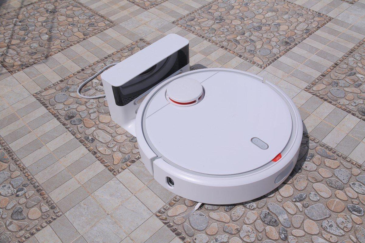Robot hút bụi Xiaomi thiết kế nhỏ gọn, hiện đại