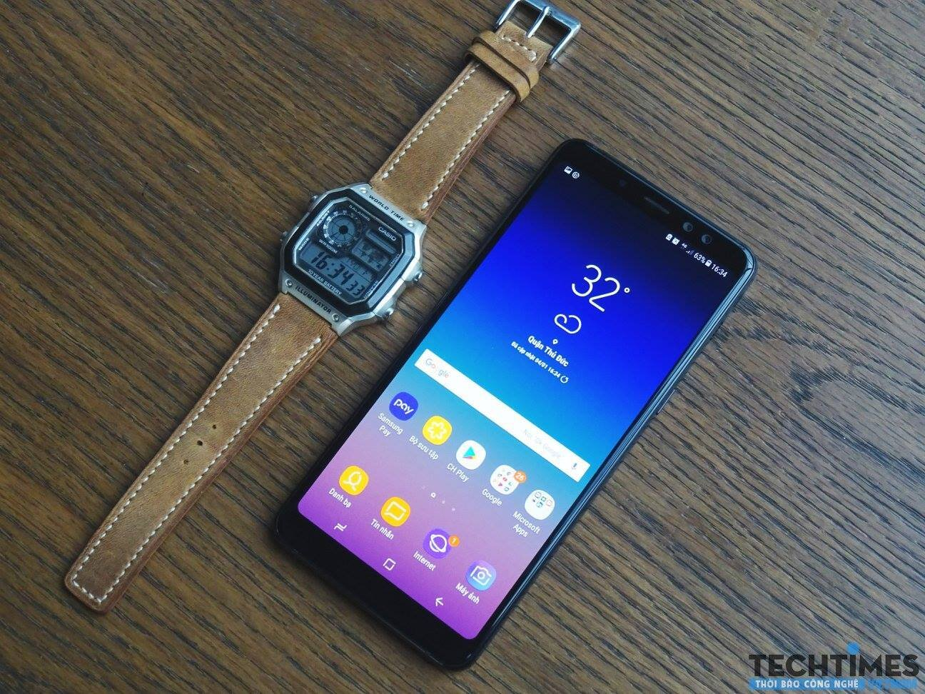 Galaxy A8 với mức giá phù hợp túi tiền nhiều người