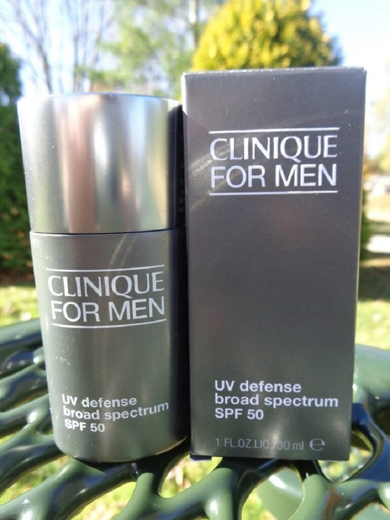 Kem chống nắng cho nam Clinique For Men™ UV Defense Broad Spectrum SPF 50