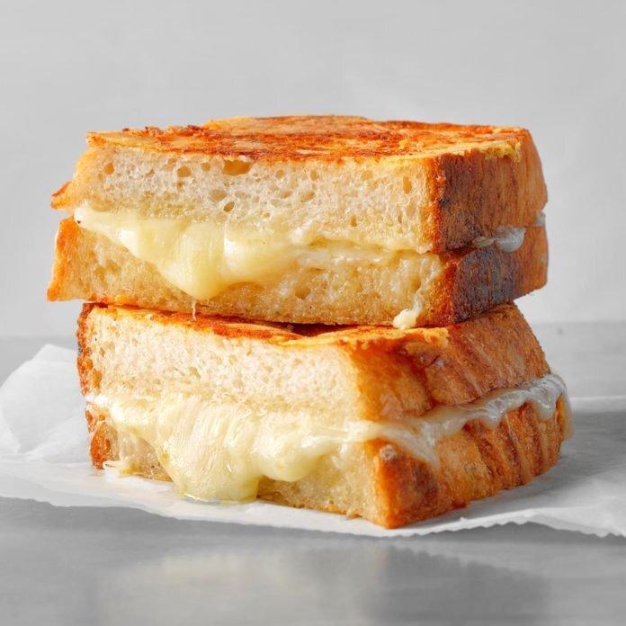 Bánh mì nướng nhân phô mai