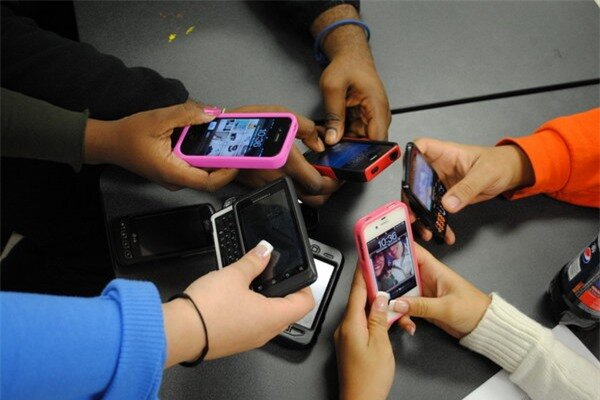 Năm 2013, người Việt chi hơn hơn 40.400 tỷ đồng để mua điện thoại