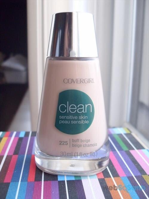 Kem nền cho da nhạy cảm CoverGirl Clean Sensitive Skin Liquid Foundation