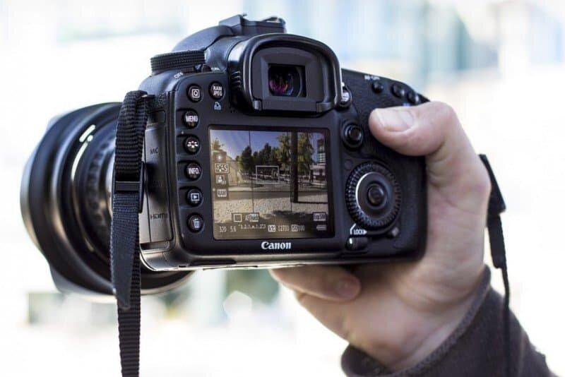 Cách chọn máy ảnh Canon với thông số về độ phân giải