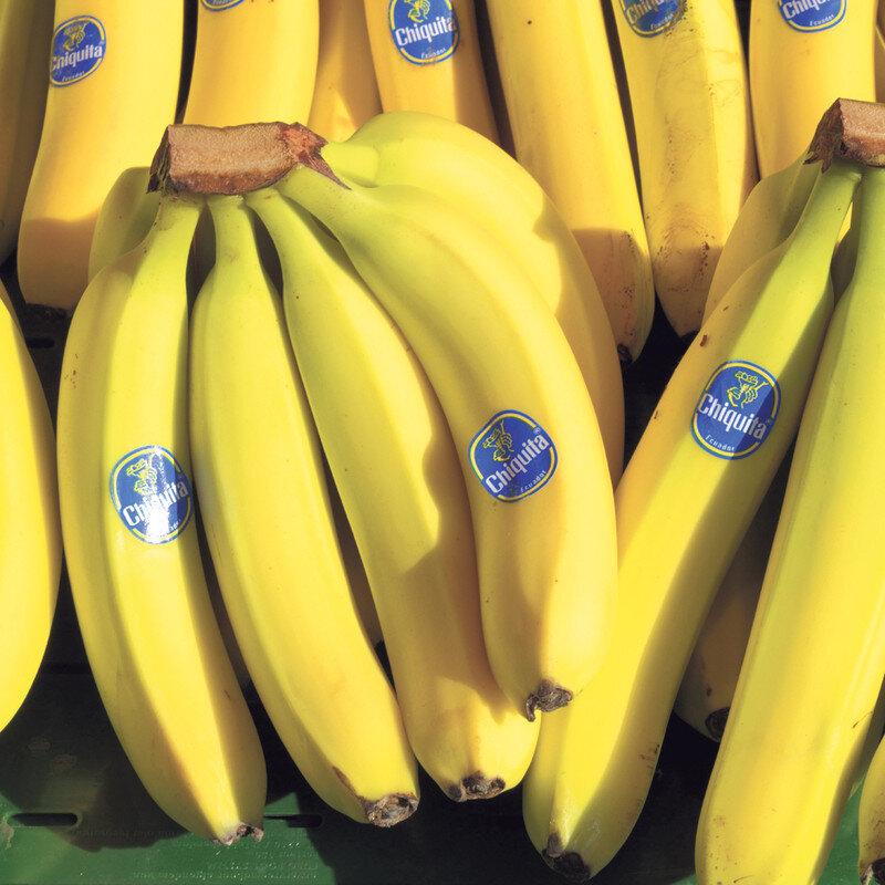 Chuối - loại trái cây giúp cơ thể bé hấp thụ tốt hơn