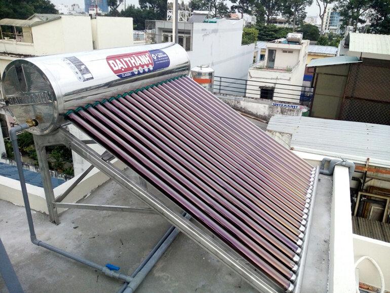 Máy nước nóng năng lượng mặt trời của Tân Á