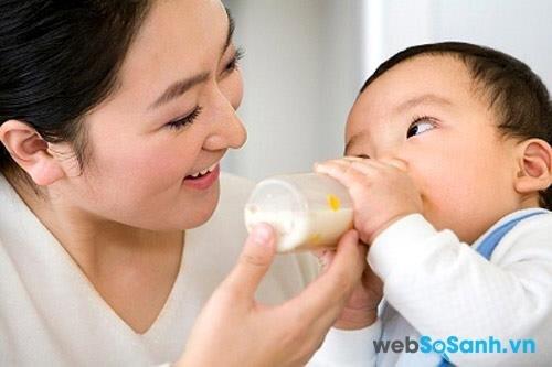 Morinaga Chilmil số 2 giúp bé phát triển chiều cao và cân nặng