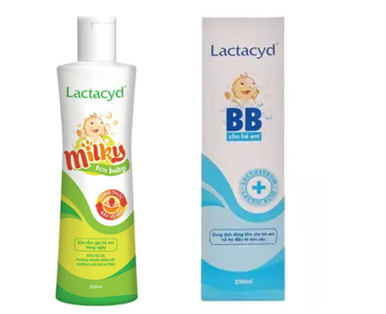 Sữa tắm cho trẻ sơ sinh Lactacyd