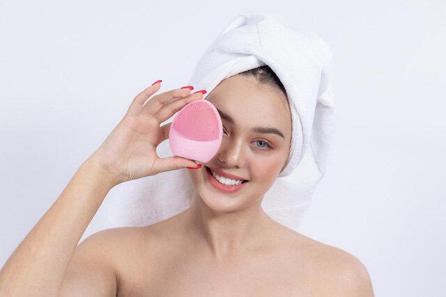 Máy massage rửa mặt Pebble Lisa Lite