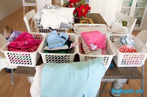 Nên phân loại đồ trước khi giặt (nguồn: internet)