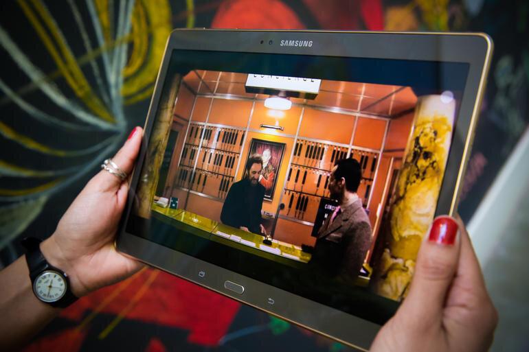 Trải nghiệm những bộ phim yêu thích trên tablet Samsung Galaxy Tab S