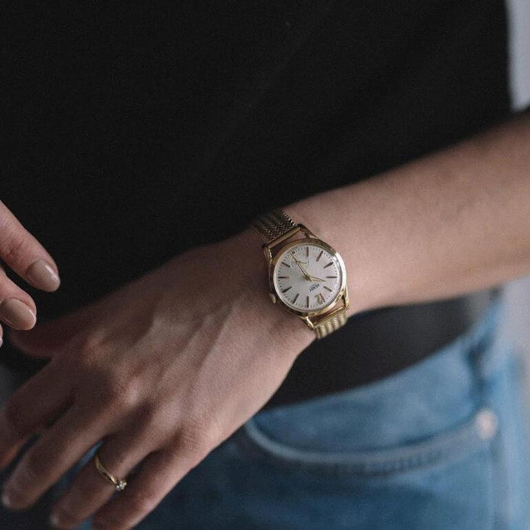 Chiếc đồng hồ nữ dưới 5 triệu kiểu dáng sang trọng và đẳng cấp