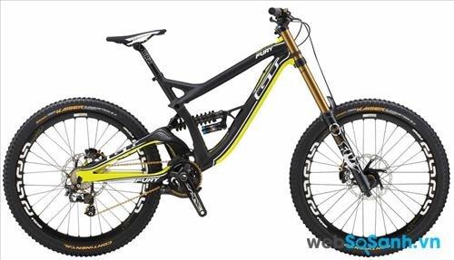 Xe đạp leo núi cũng không cần yên xe quá lớn