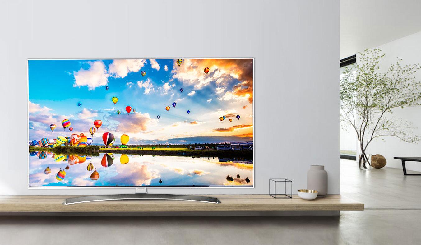 Smart tivi LG luôn có thiết kế hiện đại, phù hợp với nhiều không gian