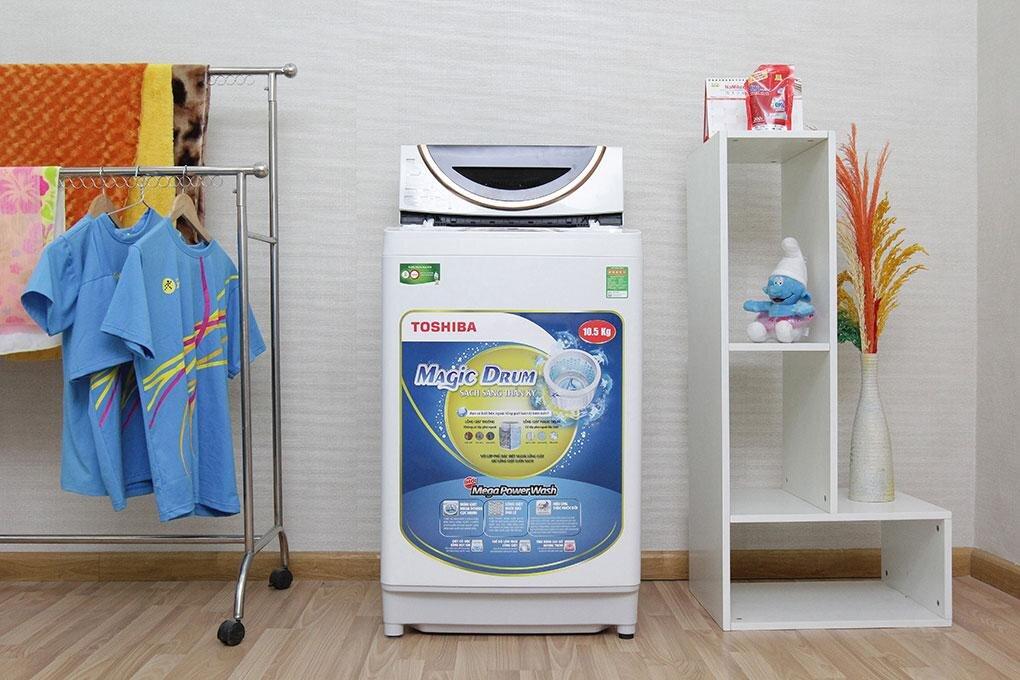 Thiết kế nhỏ gọn của máy giặt lồng đứng Toshiba AW-UH1150GV 10,5kg