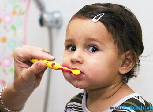 Bàn chải đánh răng cần phù hợp với trẻ