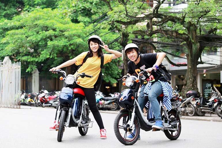 Lựa chọn xe máy điện cho học sinh phù hợp từng độ tuổi