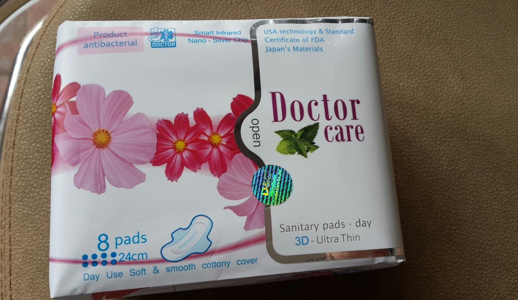 Băng vệ sinh Doctor Care thảo dược ban ngày