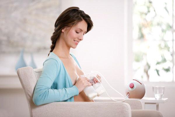 Sử dụng máy hút sữa tránh tắc sữa