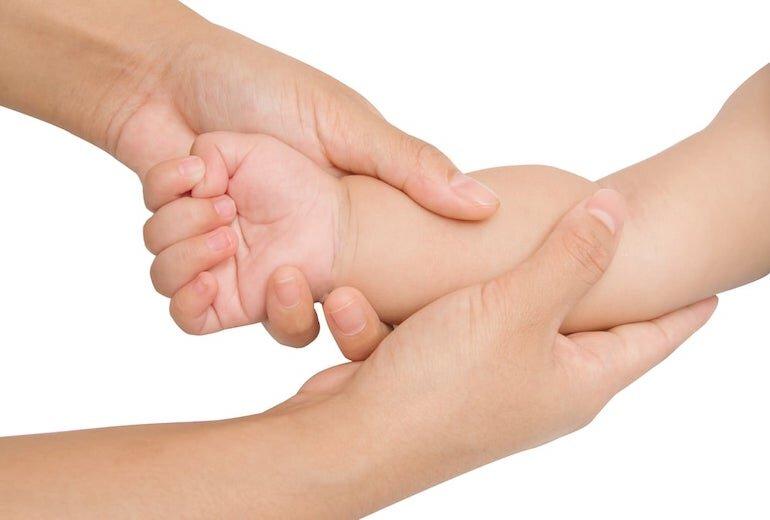Hướng dẫn cách massage tay