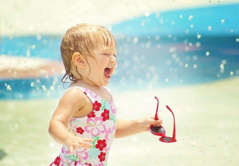 Hướng dẫn cách sử dụng kem chống nắng đi biển