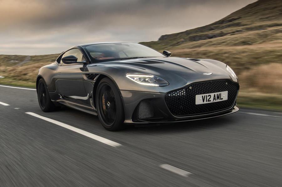 Xe ô tô Aston Martin DBS Superleggera