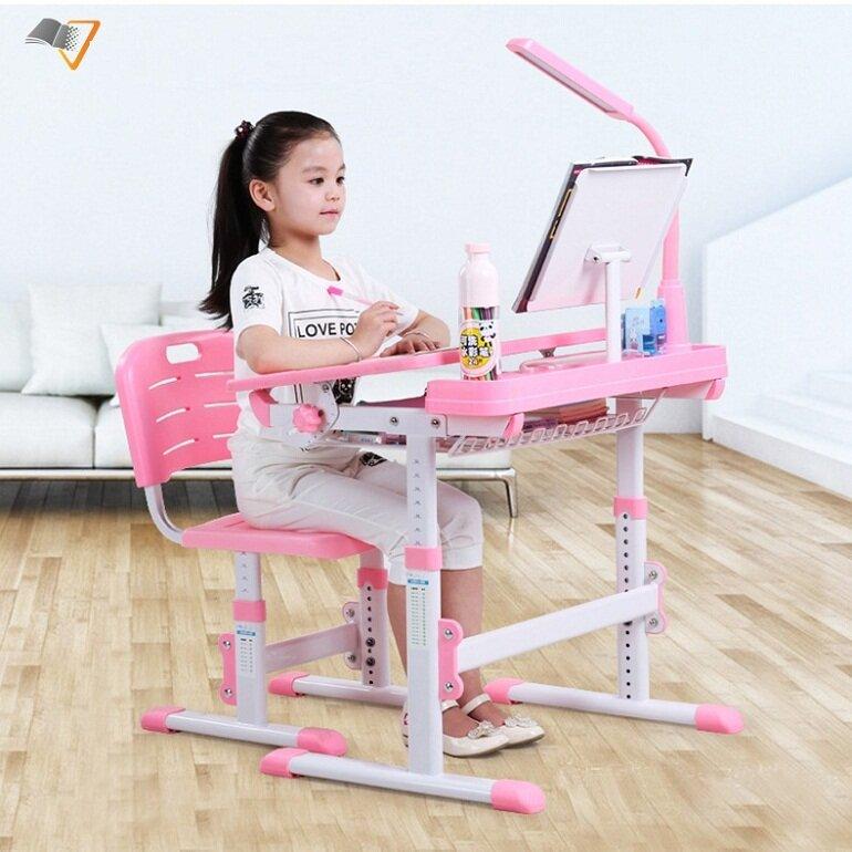 Bàn học trẻ em Xuân Hòa đáp ứng đầy đủ các tiêu chuẩn của Bộ GD&ĐT