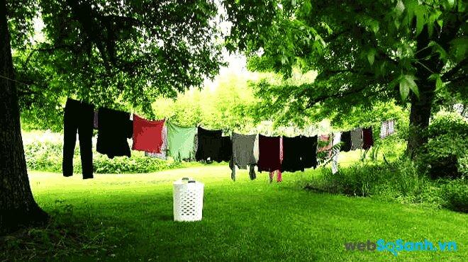 Máy giặt Sanyo có thiết kế thùng nghiêng tác động giặt 3 chiều làm tăng hiệu quả giặt sạch (nguồn: internet)