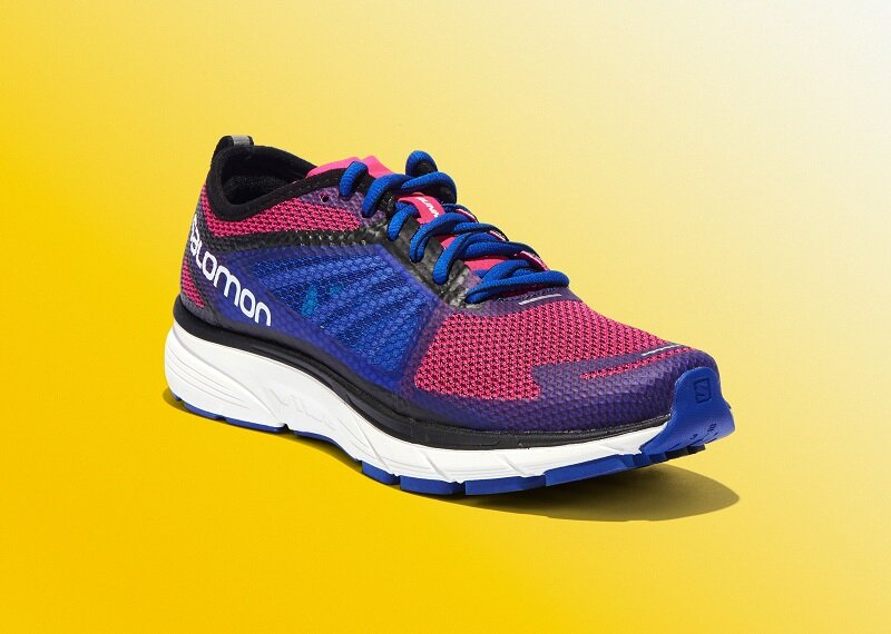 Salomon Sonic Ra là mẫu giày chạy bộ dành cho nữ giới được ưa chuộng nhất hiện nay.