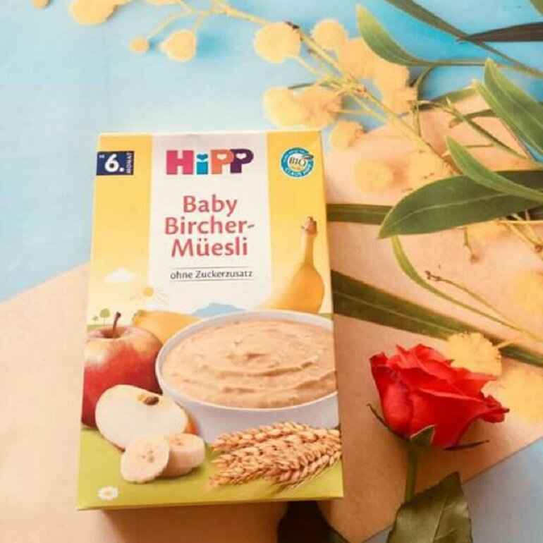 Bột ăn dặm Hipp ngọt cho bé 6 tháng tuổi