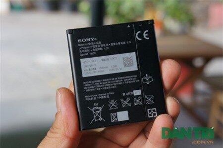 Ngoài ra, pin dung lượng được cải thiện rất đáng kể lên đến 1700 mAh.