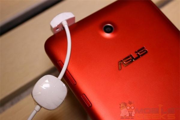 ASUS ra mắt tablet gọi điện Fonepad 7 và Fonepad 8 thế hệ mới