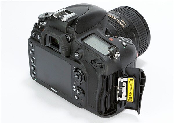 https://review.websosanh.net/Images/Uploaded/Share/2014/12/08/So-sanh-may-anh-Nikon-D610-vs-Canon-6D-Full-frame-DSLR-co-gia-tot-nhat-2014-Phan-2_2.jpg