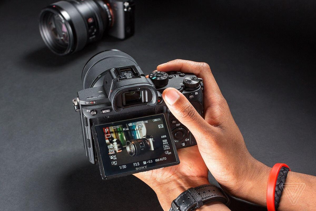 Máy ảnh Sony ống kính rời là lựa chọn hàng đầu của dân chơi ảnh chuyên nghiệp.